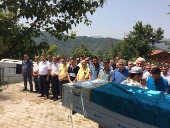 Trafik Kazası Geçiren Maden İşçisi Çakır Toprağa Verildi