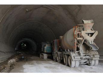 Amasyalılar Trafik Sorununu 'ferhat' Gibi Çözecek