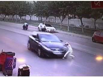 Batman'da 1 Çocuğun Yaralanmasına Neden Olan Kaza Güvenlik Kamerasına Yansıdı