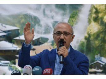 Bakan Elvan: Güçlü Türkiye'Yi Inşa Etmeye Kararlıyız