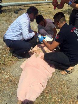 Kazada Yaralananlara İlk Müdahale Chp'li Vekillerden Geldi