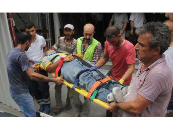 İskeleden Düşen İşçi Yaralandı