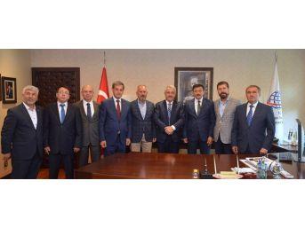 Bakan Ahmet Arslan'dan Termal Yolun Yapılmasını İstediler