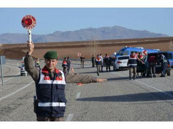 Aranan Fetö'Cü Jandarmanın Yol Kontrolünde Yakalandı