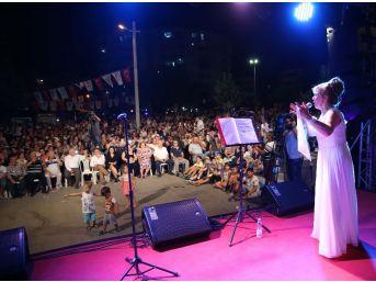 Karşıyaka'da Yaz Akşamları Müzikle Renkleniyor