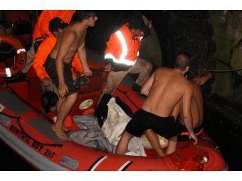 Denizde Kaybolan Inşaat Işçisi Aranıyor (2)