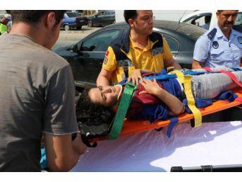 Zonguldak'ta Otomobilin Çarptığı Genç Kız Yaralandı