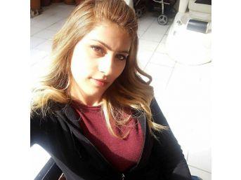 Kazada Hayatını Kaybeden 1 Çocuk Annesi Kuaför Toprağa Verildi