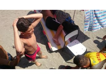 Denize Atlayan Gencin Başı Yarıldı
