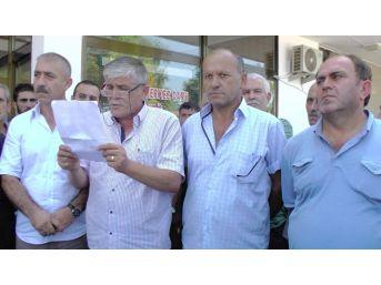 Muhtarlar Fındık Fiyatını Protesto Etti