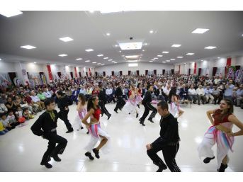 Karşıyaka'dan Demirci'ye Düğün Salonu Hediyesi