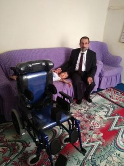 Afgan Ailenin Çocuğu Ali Ekber Engelli Aracına Kavuştu