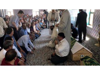 Sakarya'daki Kazada Ölen 7 Fındık Işçisine Mardin'de Toplu Cenaze Namazı