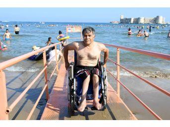 Uluslararası Standartlardaki Engelli Plajı, Türkiye'nin Her Yerinden İlgi Gördü