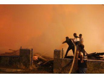 Bingöl'de Korkutan Kereste Yangını