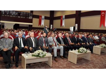 """Karaman'da """"bilim Ve Eğitim-öğretim Dili Türkçe"""" Paneli"""