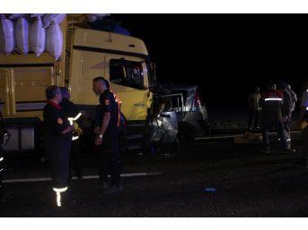 Niğde'de Kaza: 3 Ölü, 5 Yaralı