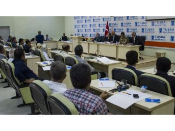 Vali Zorluoğlu'nun İlk Muhtarlar Toplantısı
