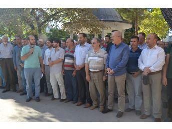 Arakan Katliamı Balıkesir'de Protesto Edildi