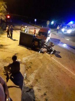 Çapa Motoru İle Hafif Ticari Araç Çarpıştı: 1 Yaralı