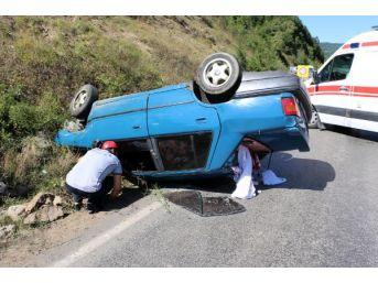 Zonguldak'ta 2 Otomobil Çarpıştı: 4 Yaralı
