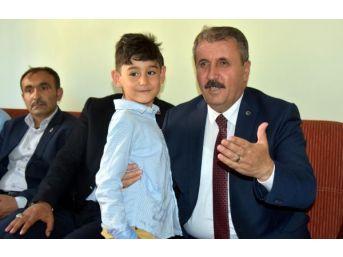 Destici: İslam İşbirliği Teşkilatı'nı Kınıyorum