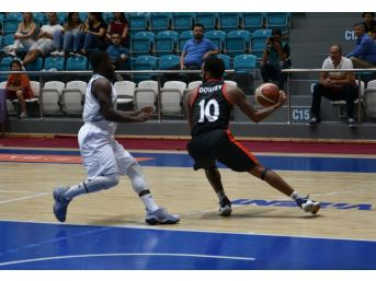Uşak Kurtuluş Ve Demokrasi Şehitler Kupası Basketbol Turnuvası