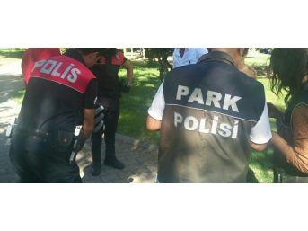 Fetö Zanlısı Parkta Yakalandı