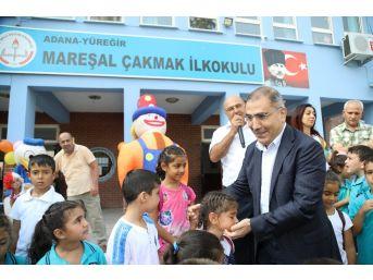 Başkan Çelikcan'dan Öğrencilere Kırtasiye
