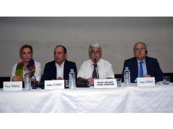 Bandırma'daki Panelde, Basın Özgürlüğü Ve Ekonomi Konuşuldu