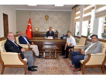 Bilecik Amatör Spor Kulüpleri Federasyonundan Vali Büyükakın'a 'hayırlı Olsun' Ziyaretleri