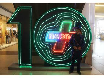 Neoplus 10. Yılında 'neonyıl' Konsepti İle Parlayacak