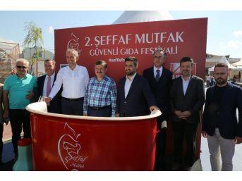 Güvenli Beslenme İçin Eğlendirirken Eğiten Festival Çekmeköy'de