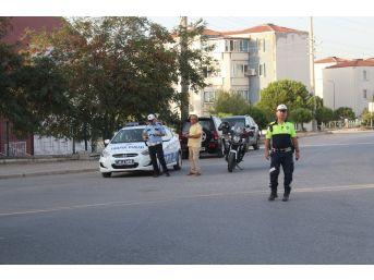 Bergama'da Emniyetten Servis Araçlarına Sıkı Denetim