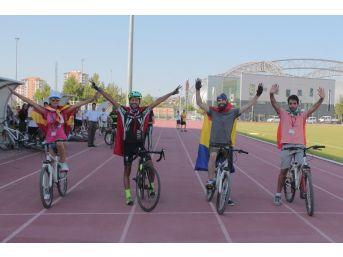 Avrupalı Gençler Kayseri'de Bisiklet Eğitimi Aldı