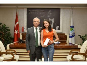 Salihli Fakültesinin İlk Öğrencisi Başkan Kayda'yla Buluştu