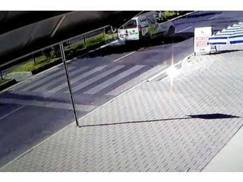 Dalaman'daki Kaza Güvenlik Kamerasına Yansıdı