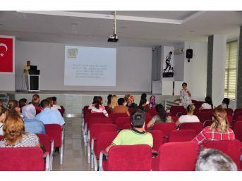 Milas'ta Velilere Okula Uyum Eğitimi