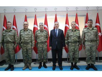 3. Ordu Komutanı'ndan Vali Yıldırım'a Ziyaret