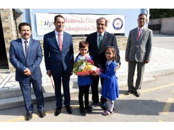 Uşak'ta Yeni Eğitim Öğretim Yılı Başladı