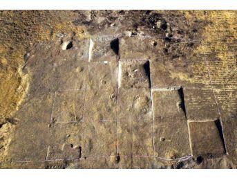 Çavuştepe Kalesi'nde Kaçak Kazılara Göz Açtırılmayacak