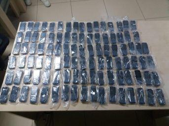 Van'da 60 Bin Tl'lik Kaçak Malzeme Ele Geçirildi