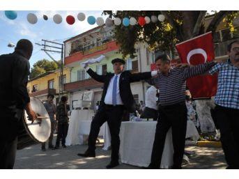 Chp'li İnce Oğlunun Köy Düğününde Böyle Oynadı / Ek Fotoğraflar