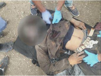 Ağrı'da Teröristler, Kaçakların Minibüsüne Ateş Açtı: 3 Ölü,...