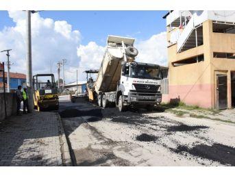 Düzce'de İki Mahallede Asfaltlama Yapıldı