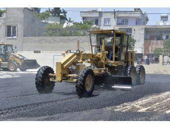 Büyükşehir Belediyesi, Yol Yapım Çalışmalarını Sürdürüyor