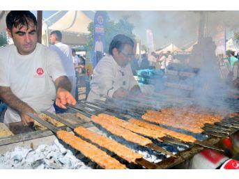 Adana Lezzet Festivali'yle Renklendi