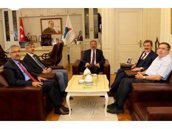 Rektör Karabulut'a Ziyaretler Devam Ediyor