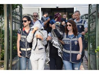 Antalya'da Fuhuş Şebekesi Şüphelileri Adliyede