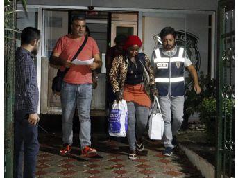Antalya'da Yeni Gineli Öğrenciye Fuhuş Yaptırmaktan Gözaltı